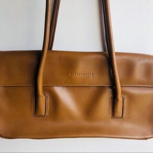 🌸3 for $20🌸 Kenneth Cole Vintage Leather Handbag